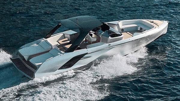 1414 Demon Air Motorboot |Frauscher Bootswerft |Heck seitlich