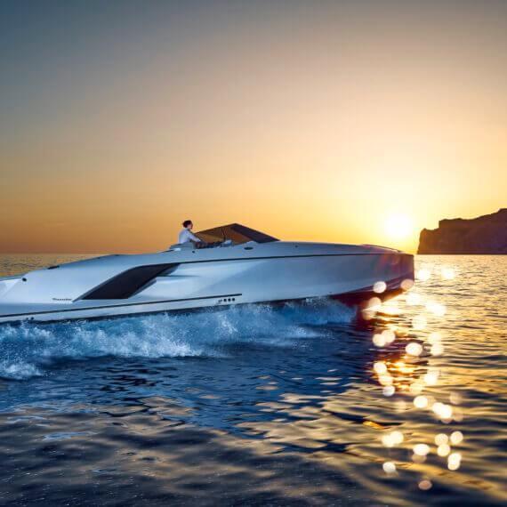 1414 Demon Air Motorboot |Frauscher Bootswerft |Fahrfoto Sonnenuntergang