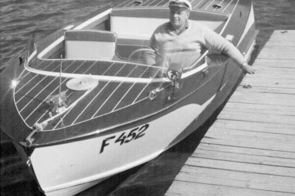 Frauscher Bootswerft Meilenstein 1966 | Motorboot Delphin
