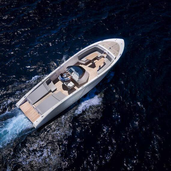 1017 GT Air Motorboot |Frauscher Bootswerft | Fahrfoto von oben