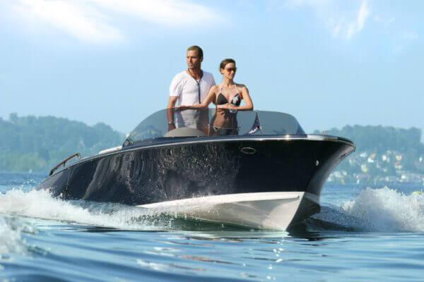 Frauscher Bootswerft Meilenstein 2002 | Elektroboot 750 St.Tropez