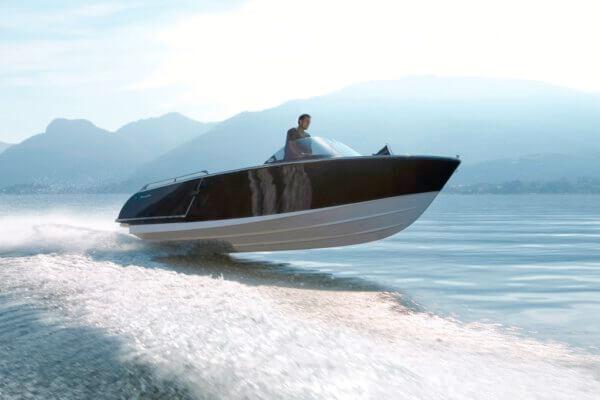Frauscher Bootswerft Meilenstein 2007 |Motorboot 909 Benaco